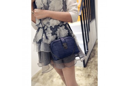 Fashionhomez 5368 Retro Chain Sling Bag